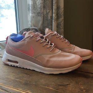 NIKE AIR MAX THEA kicks/shoes- baby pink